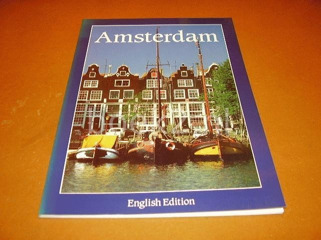SCHAAP, DICK - Amsterdam. English edition.