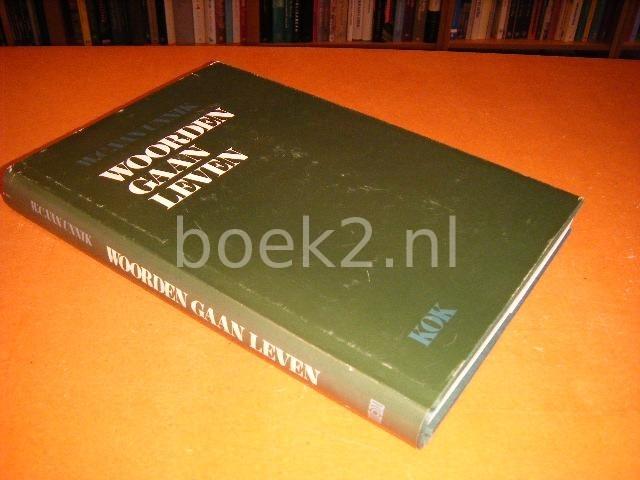 VAN UNNIK, W.C. - Woorden gaan leven : opstellen van en over Willem Cornelis van Unnik (1910-1978)