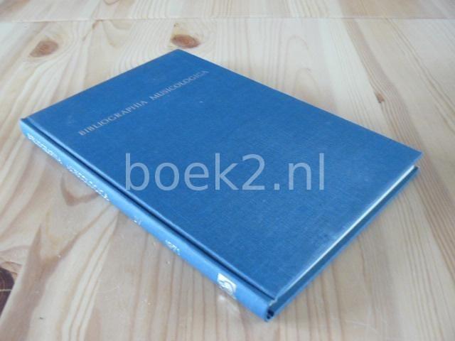 EDITORS - Bibliographia Musicologica 1971