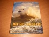 met-het-oog-op-zee--de-nederlandse-reddingmaatschappijen-in-beeld