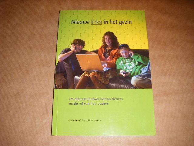 DUIMEL, MARION; HAAN, JOS DE - Nieuwe links in het gezin - de digitale leefwereld van tieners en de rol van hun ouders