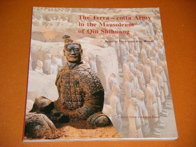 ZHONGYI, YUAN (ED.) - The Terra - cotta Army in the Mausoleum of Qin Shihuang.
