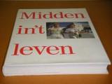 midden--int-leven