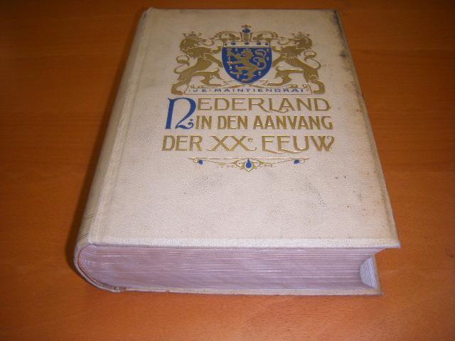 SMISSAERT, H. (RED.) - Nederland in den aanvang der twintigste eeuw. Geschetst in woord en beeld door verschillende schrijvers.
