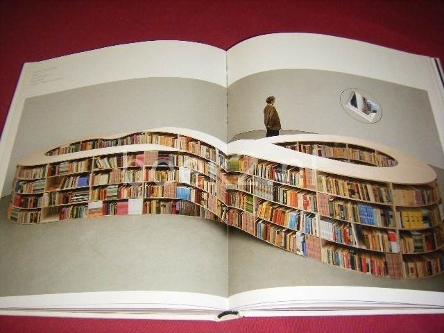 PAUL SLOMAN (ED.) - Book Art. Iconic Sculptures and Installations Made from Books