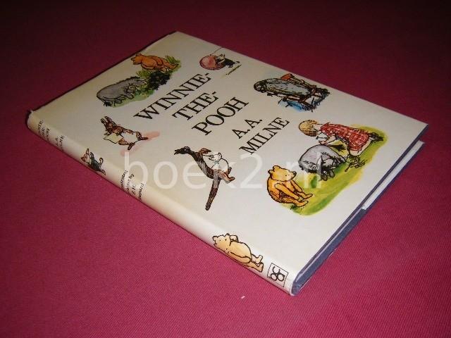 A.A. MILNE - Winnie-the-Pooh