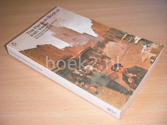 BRENDAN KENNELLY (ED.) - The Penguin Book of Irish Verse