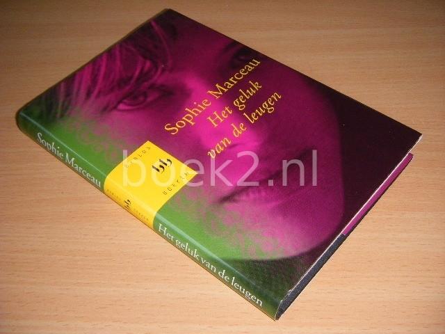SOPHIE MARCEAU - Het geluk van de leugen