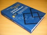 Juridisch woordenboek [13e druk]