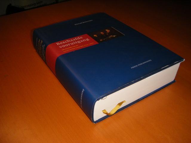 Broersma, Marcel. - Beschaafde vooruitgang. De wereld van de Leeuwarder Courant 1752-2002.