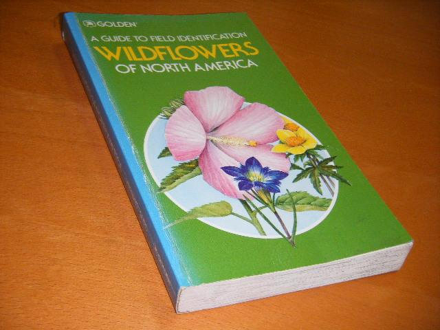 Venning, Frank D. - A guide to field identification. Wildflowers of North America.