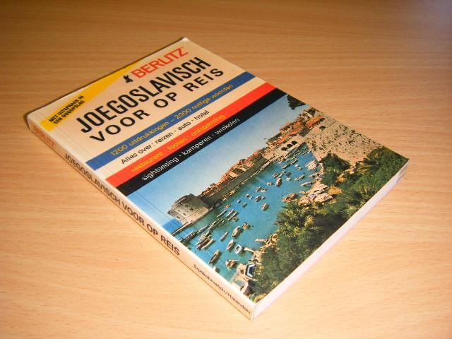 Berlitz - Joegoslavisch voor op reis, met uitspraak in een oogopslag