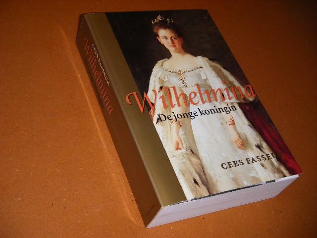 Cees Fasseur - Wilhelmina de jonge koningin